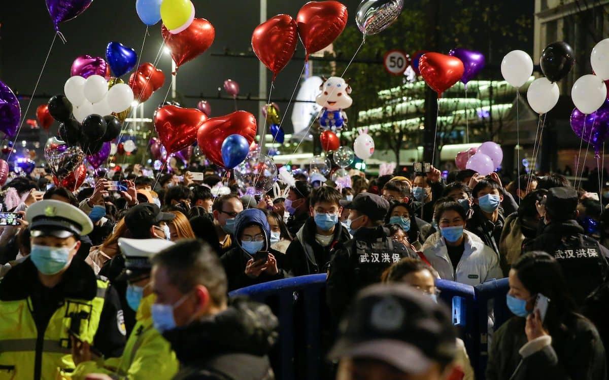 武漢 中国 新年 カウントダウン