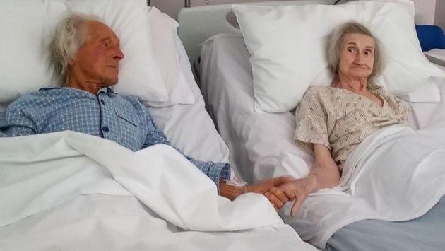 イギリス 老夫婦 病院に関連した画像-03