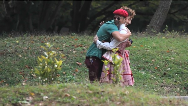 東京で知らない女性に片っ端からプロポーズしまくった外国人に関連した画像-10