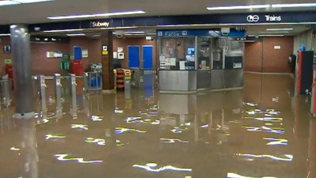 水没した浜松市の地下通路が清潔に関連した画像-06