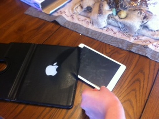 iPadケースに関連した画像-09
