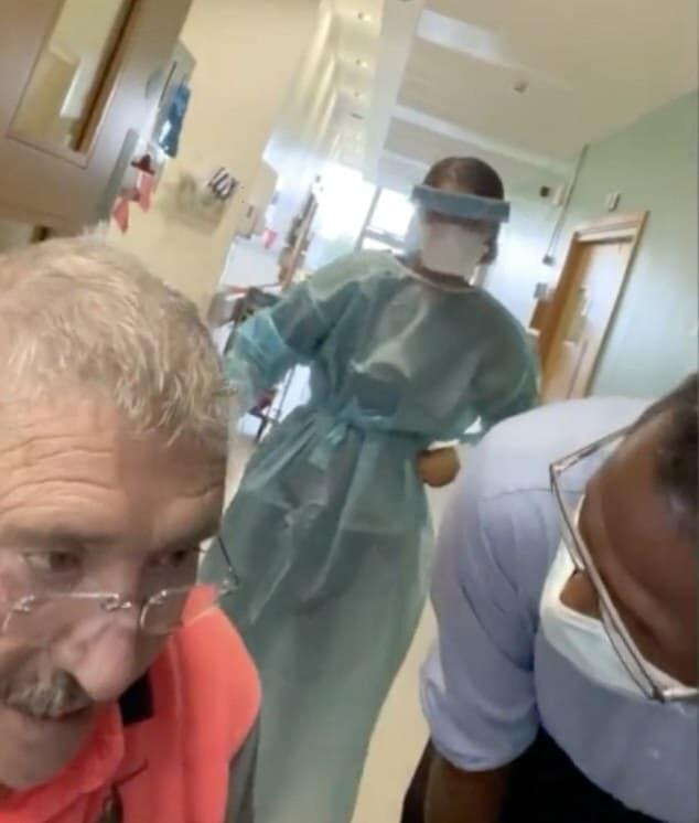 新型 コロナ アイルランド 反ワクチン派 ジョー・マッキャロン