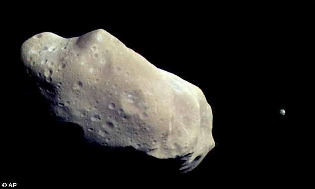 小惑星「2011 UW-158」に関連した画像-06