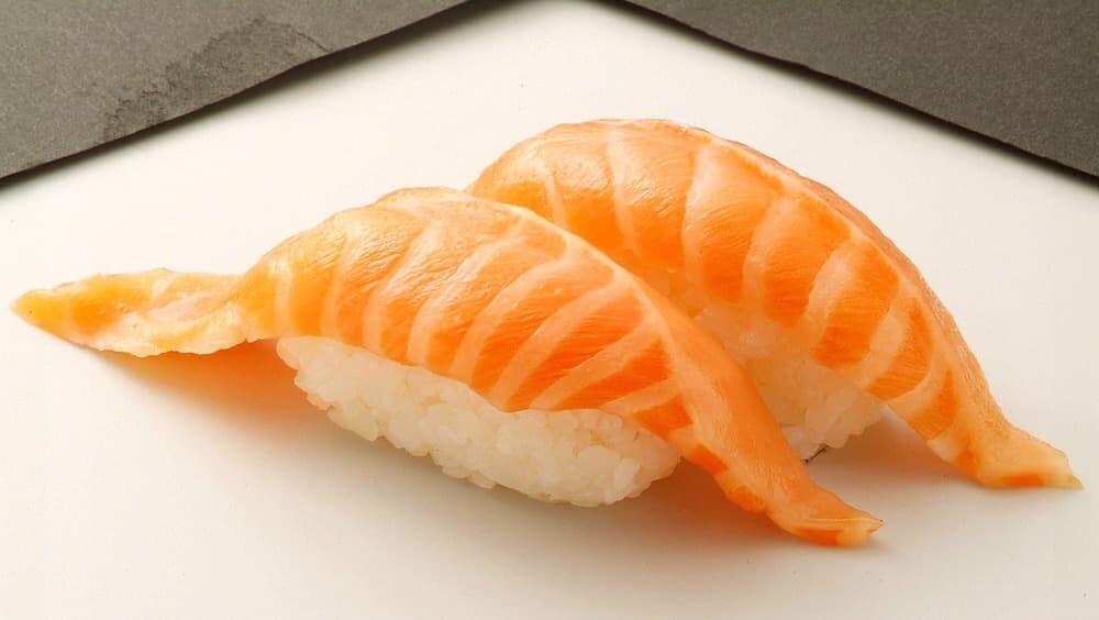 サーモンドリーム スシロー 台湾 鮭魚 改名
