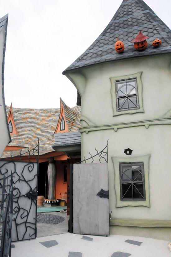 浜松にある「魔女の館」に関連した画像-06