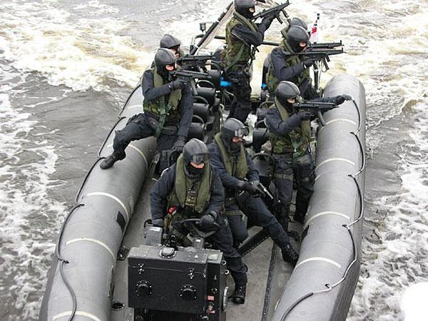 特殊舟艇部隊(SBS)に関連した画像-02