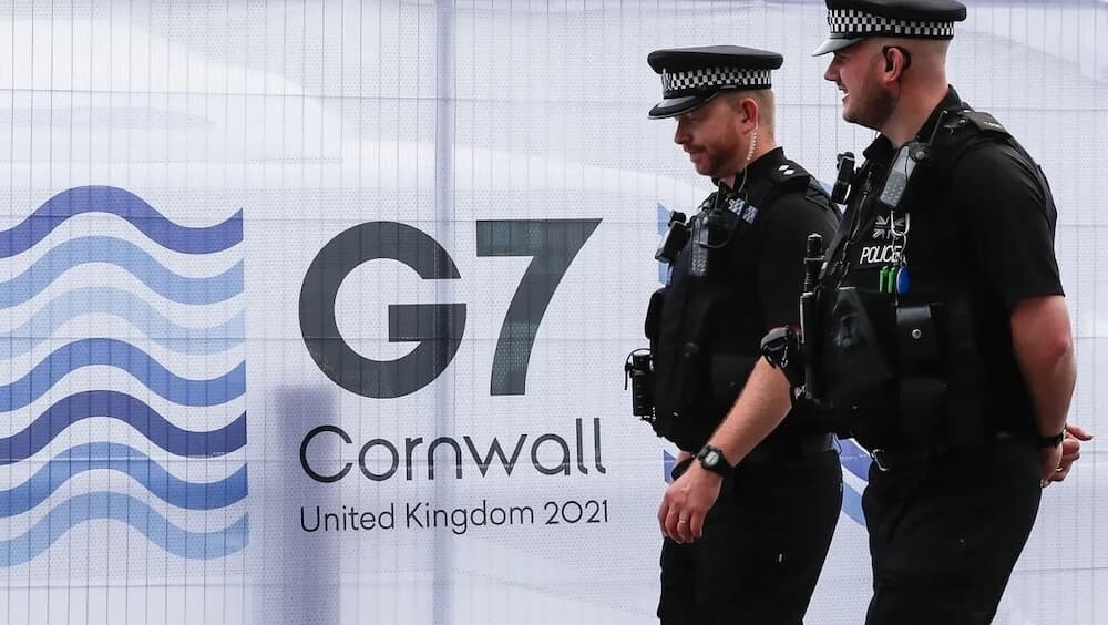 G7 イギリス 海兵隊 ソフトクリーム 警備