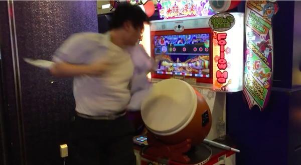 東京にクレイジーな「太鼓の達人」プレイヤーが降臨に関連した画像-04