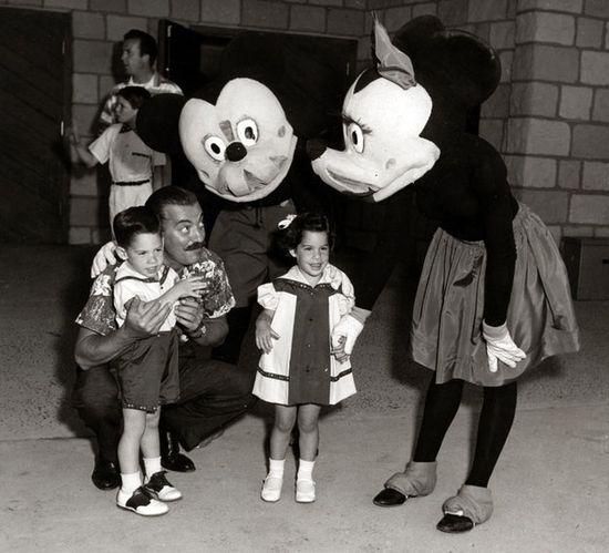 昔のディズニーランドのキャラクターに関連した画像-07