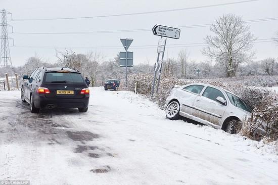積雪があったロンドンに関連した画像-06