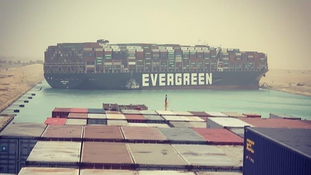 スエズ運河 座礁 エバーギブン 二次創作 萌え擬人化