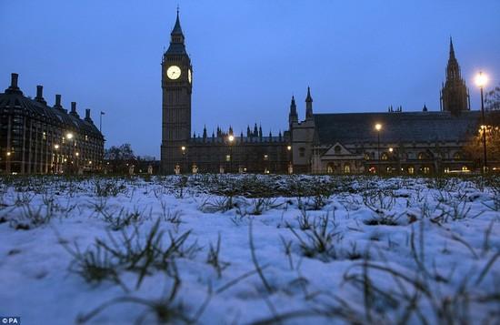 積雪があったロンドンに関連した画像-03