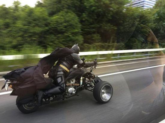 千葉の高速道路で『バットマン』が出に関連した画像-03