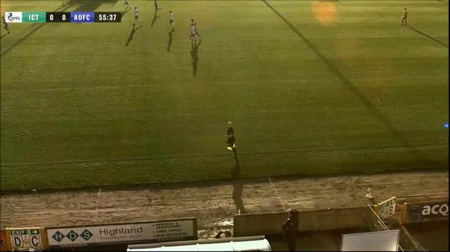 ハゲ サッカー AI カメラ イギリス カレドニアン・シッスルFC