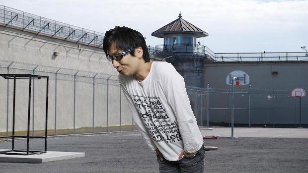 小島秀夫監督が一時間の外出許可を与えられ笑顔を見せたに関連した画像-02