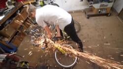 ソーシャル・ディスタンス・バイクに関連した画像-06