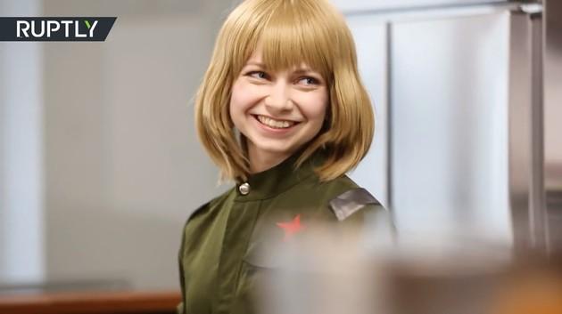 ナスチャさんが店長を務めるメイドカフェ「ItaCafe」に関連した画像-01