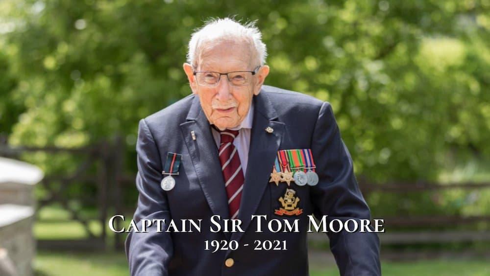 キャプテン・トム トム・ムーア イギリス 拍手 新型 コロナ