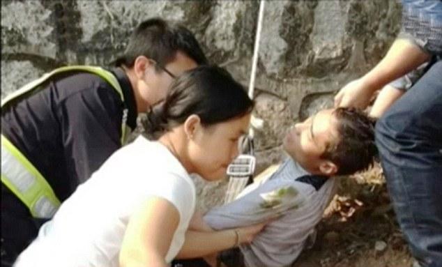 花嫁がブサイクすぎて絶望した新郎、湖で投身自殺を図るに関連した画像-05