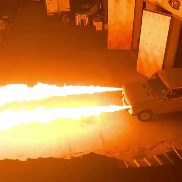 ジグリ ラーダ ロシア 火炎放射 魔改造
