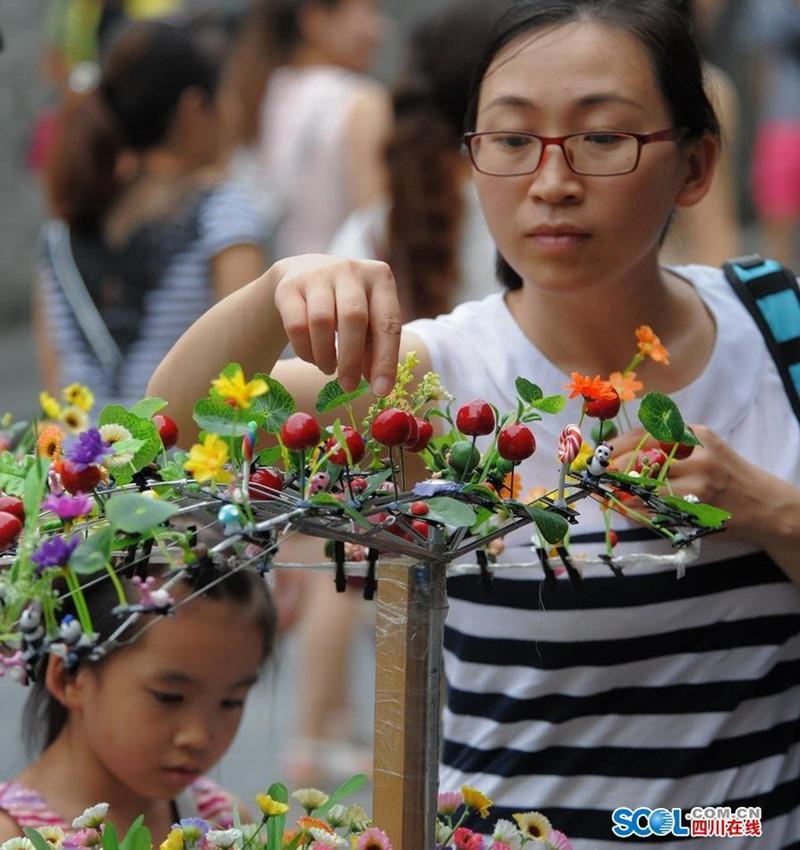 頭から発芽したように見える髪飾りが中国でバカ受けに関連した画像-10