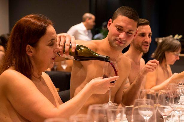 全裸レストラン『O'naturel』に関連した画像-02