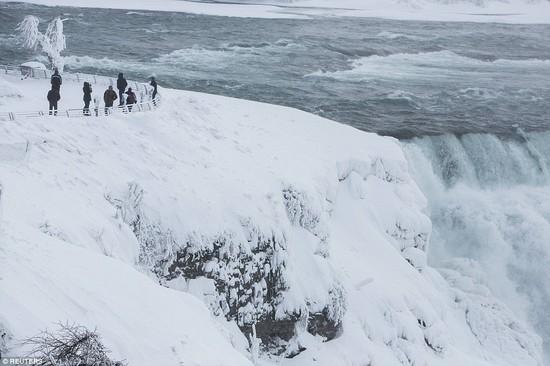 凍ったナイアガラの滝に関連した画像-06