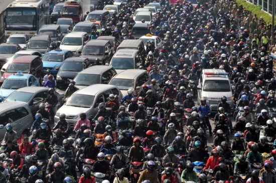 台湾の通勤ラッシュに関連した画像-02