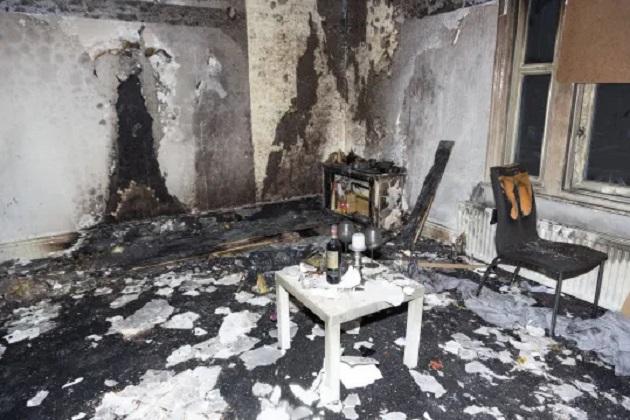 イギリス 全焼 プロポーズに関連した画像-04
