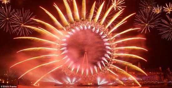 【2015年】世界各国、新年の花火に関連した画像-01