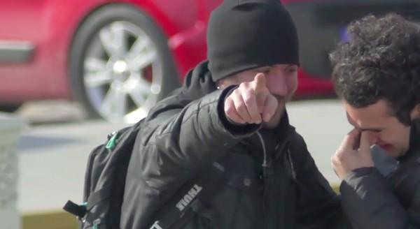 聴覚障害を持つ男性のため、地域ぐるみで手話を習得に関連した画像-15