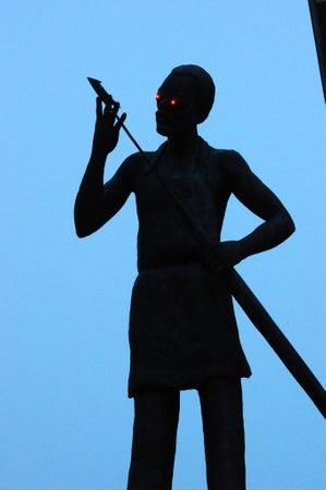 ガンジー像に関連した画像-09