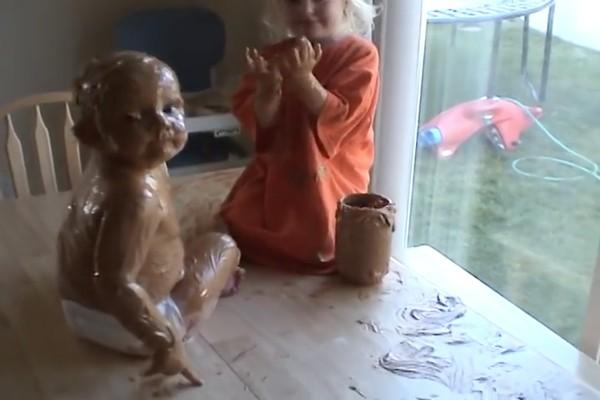赤ちゃんの弟をピーナッツバターでコーティングに関連した画像-05