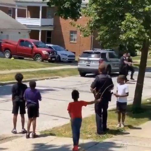 アメリカ 警察 子供に関連した画像-04