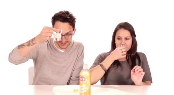 アメリカ人が日本の炭酸飲料を試飲してみたに関連した画像-03