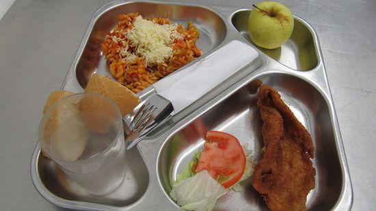 世界各国の学校給食を比較に関連した画像-06