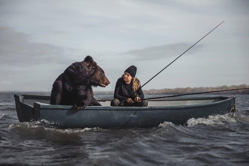 ロシア クマ ヒグマ 釣り