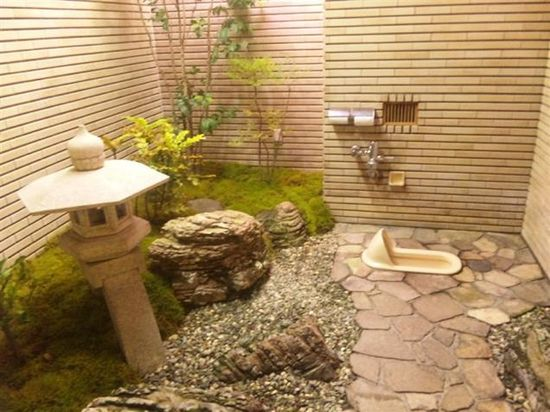 日本の珍トイレに関連した画像-02