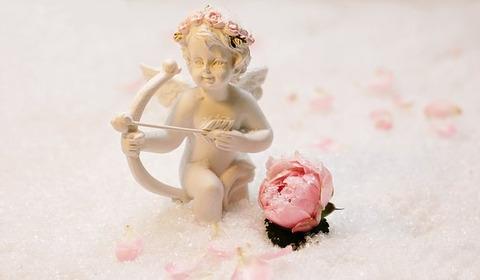 love-angel-1889683__340