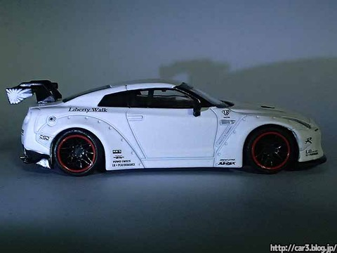 MINI_GT_LB-WORKS_NISSAN_GT-R_R35_matte_white