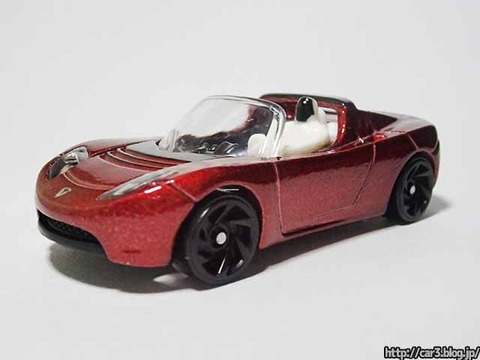 Hotwheels_TESRA_ROADSTER_WITH_STARMAN_02