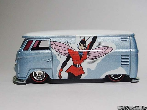 Hotwheels_Volkswagen_TI_Panel_Bus_09
