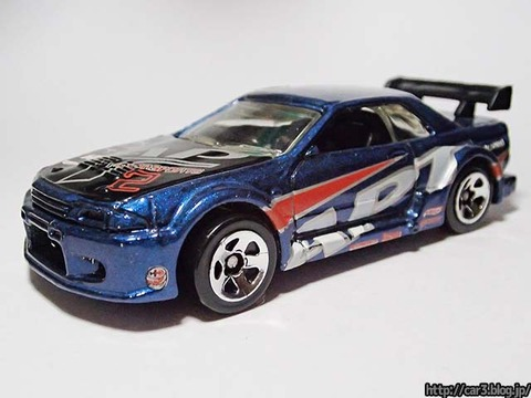 Hotwheels_NISSAN_SKYLINE_GT-R_R32_2002FIRST_EDITIONS_01