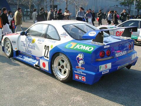 NISMO_GT-R_LM_BCNR33_Le_Mans_002