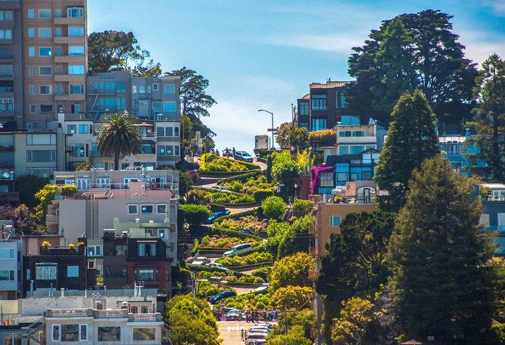 サンフランシスコのロンバード・ストリート
