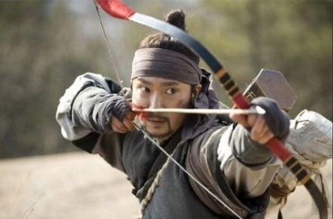 【韓国の反応】「日本人は、朝鮮人の素晴らしい弓の腕前を恐れていた。だから朝鮮で『弓禁止令』を出した」