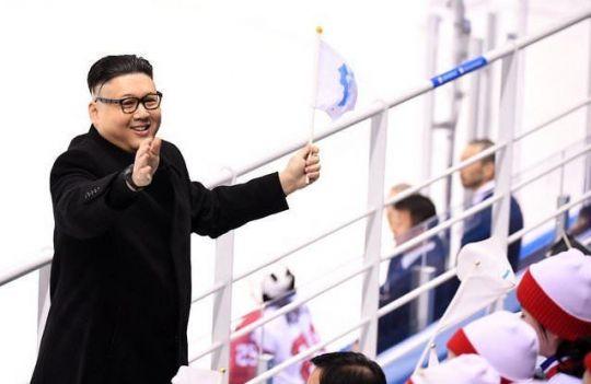 【平昌五輪】金正恩のそっくりさん、北朝鮮「美女応援団」に接近し退場に