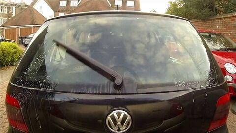 車の後ろのワイパーって必要か????