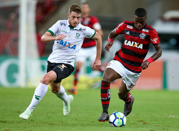 鹿島アントラーズがサントスFCからMFセルジーニョを完全移籍で獲得と発表 23歳のブラジル選手