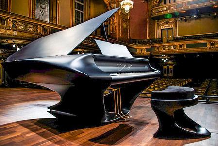 数百年前にピアノとかバイオリンとかオルガンとか作った奴って凄くね?
